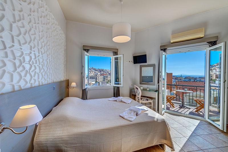 Ξενοδοχείο Αίθριον στην Ερμούπολη στη Σύρο