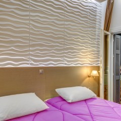 Superior δίκλινο δωμάτιο με μπαλκόνι θέα θάλασσα.
